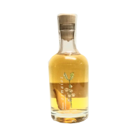 botella orujo artesano de boletus licor casero