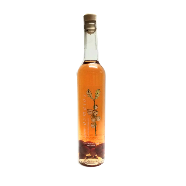 botella orujo artesano de guindas licor casero